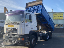 Camión volquete MAN 26.402 Kipper ZF Full Stee Big Axle's Good Condition