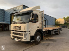 Camion plateau standard Volvo FM 330