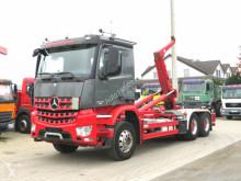 Kamión hákový nosič kontajnerov Mercedes Arocs 2645 L 6x4 Abrollkipper Meiller, deutsch