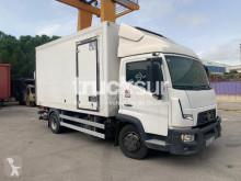 Camión Renault Gamme D Cab 7.5 frigorífico mono temperatura usado