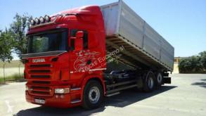 Volvo billenőkocsi teherautó