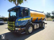 Scania tartálykocsi teherautó