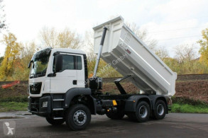 Kamión vozidlo s hákovým nosičom kontajnerov MAN TGS 33.430 6x6 /Euro6d Mulden-Kipper EuromixMTP