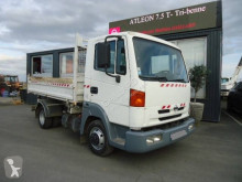 Camion Nissan Atleon tri-benne occasion