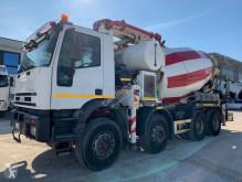 Camion calcestruzzo pompa per calcestruzzo Iveco Eurotrakker