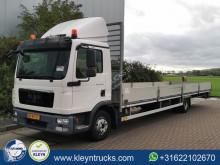 Camion plateau MAN TGL 12.180