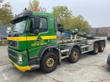 Camión portacontenedores Volvo FM13