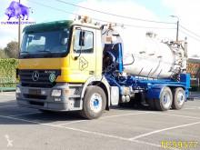 Camión cisterna Mercedes Actros 2544
