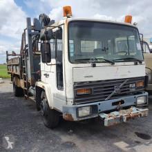 Camión Volvo FL 614 volquete usado