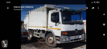 Maquinaria vial Mercedes Atego 1517 camión volquete para residuos domésticos usado