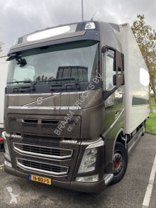 Camion fourgon Volvo FH 420