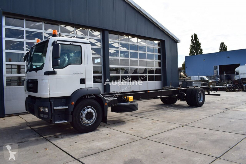 Vedere le foto Camion MAN MAN TGM 18.280 BL 4×2 CHASSIS – CABIN NEW 2020 / EURO 3 – 280 HP
