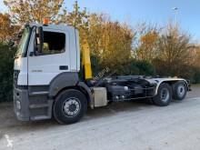 Camión Gancho portacontenedor Mercedes Axor 2540