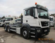 Camión MAN TGS 26.420 Gancho portacontenedor usado
