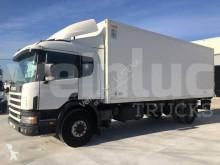 Camión isotermo Scania D 94D220