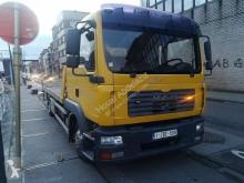Camión de asistencia en ctra MAN TGL 12.210