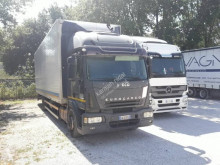 Camión furgón Iveco Eurocargo 150 E 28