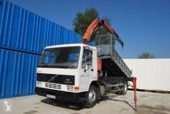 Camion Volvo FL7 ribaltabile usato