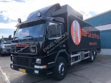 Camión furgón Volvo FM7