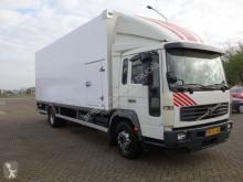 Camion Volvo FL 612 furgone usato