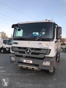 Camion Mercedes Actros 2636 benă bilaterala second-hand