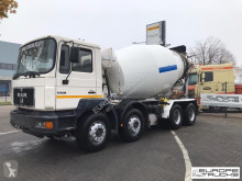 MAN concrete mixer truck 32.322