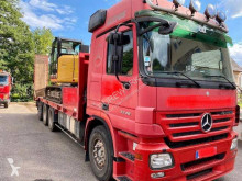 Mercedes heavy equipment transport truck Actros