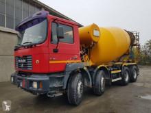 Camión MAN F2000 41.364 hormigón cuba / Mezclador usado