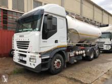 Camión Iveco Stralis cisterna usado