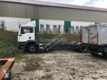 MAN TGA 26.350 truck used cattle