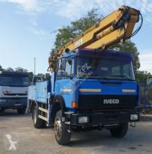 Camião estrado / caixa aberta Iveco AutoKran 25m