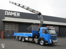 Vrachtwagen Volvo FM 450 tweedehands platte bak