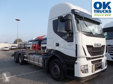 Camión chasis Iveco Stralis 260AS48/FP