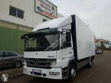 Camião Mercedes Atego 1222 furgão usado