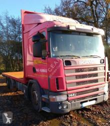 Camião estrado / caixa aberta estandar Scania L 144L460