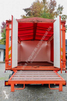 Camión remolque ganadero para ganado bovino Iveco Eurocargo 120 E 18