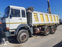 Camion ribaltabile trilaterale Iveco 330.36