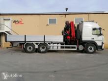 Camion plateau Volvo 340 6X2 FASSI 455 + JIB