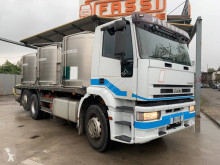Camión Iveco Eurotech 240E38 cisterna alimentario usado