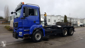 Camión MAN TGS 33.480 Gancho portacontenedor usado