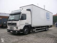 Camión Volvo FM 290 furgón usado