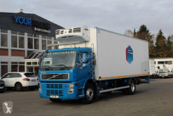 Volvo FM Volvo FM 330 EURO 5 mit Thermo King Kühlung truck used multi temperature refrigerated