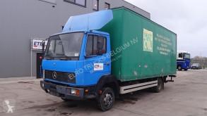 Camión furgón Mercedes 814