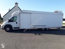 Camion magasin Peugeot Boxer 3,0L HDI 160 CV
