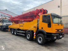 Iveco Eurotrakker 440 truck used concrete pump truck