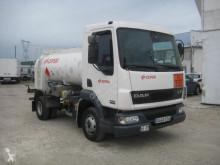 Camión DAF LF45 FA 170 cisterna hidrocarburos usado