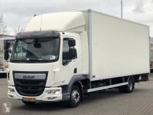 Camión furgón DAF LF 210
