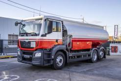 Camión cisterna hidrocarburos MAN TGS 26.360