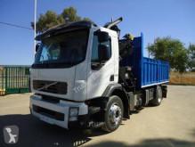 Camion Volvo platformă second-hand