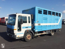Camion bétaillère Volvo FL 610